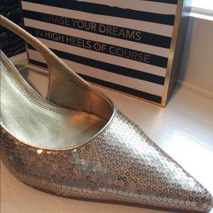 Gold sparkle shoes - Ellen Tracy Sz 10